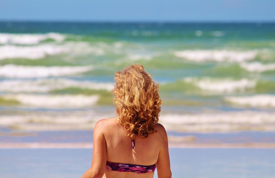 Proteggere i capelli dal sole