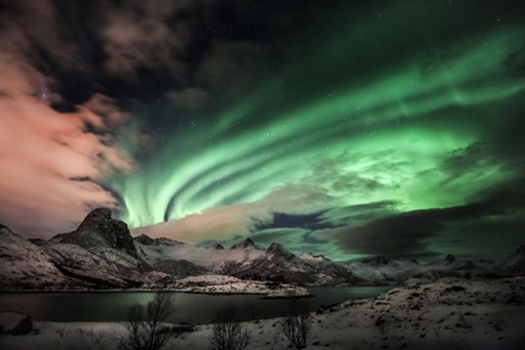 Aurora-boreale-Alberto-Ghizzi-Panizza-N-G-750x500.jpg