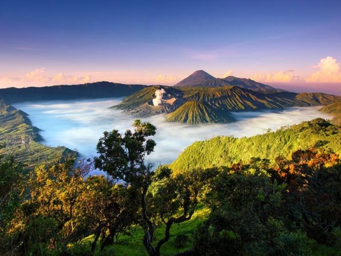 Bromo-Tengger-Semeru-National-Park-Indonesia-by-Jessy-Eykendorp-Ng-667x500.jpg