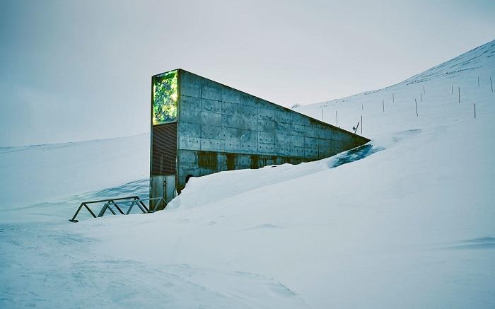 Svalbard Global Seed Vault, ingresso.
