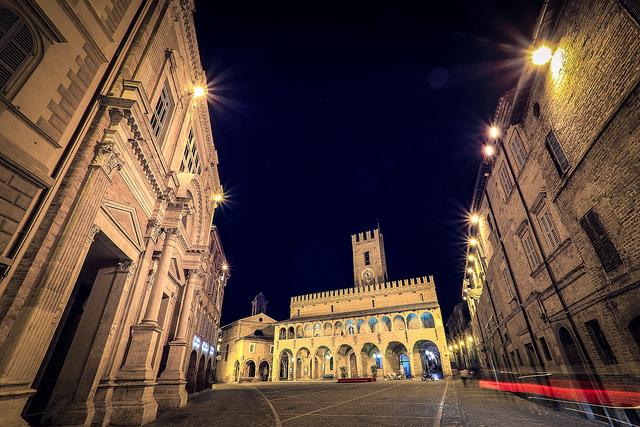 Offida-Marche-Roberto-Taddeo.jpg