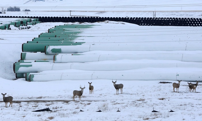 Deposito di materiale per l'oleodotto Keystone XL in in Gascoyne, North Dakota. Photo credits: Terray Sylvester/Reuters