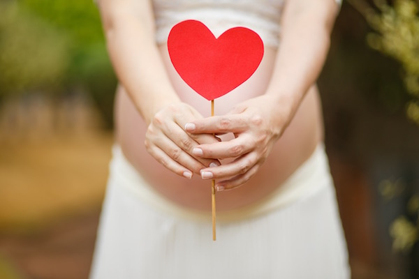 yoga in gravidanza pancione
