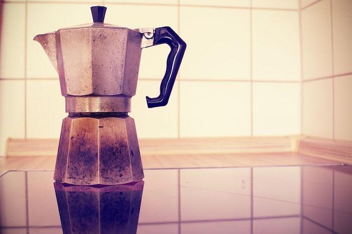 fondi di caffè caffettiera