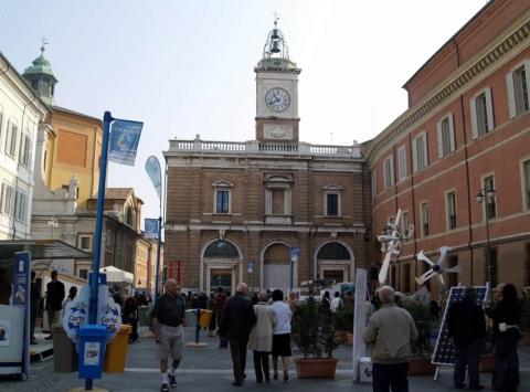 """le piazze di Ravenna sono le location degli eventi all'aperto organizzati nell'ambito di """"Fare i Conti con l'Ambiente"""""""