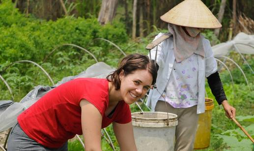 Volontariato ambientale: è una nuova frontiera del viaggio per tutelare biodiversità e culture locali.