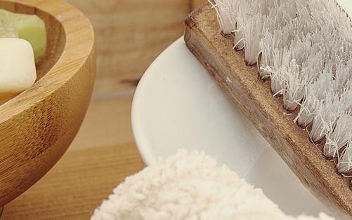 Depilazione: è facilitata da preliminari scrub naturali e idratazione della pelle