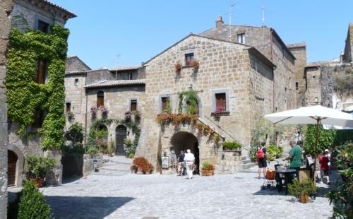 Città che muore: il borgo di Civita di Bagnoregio