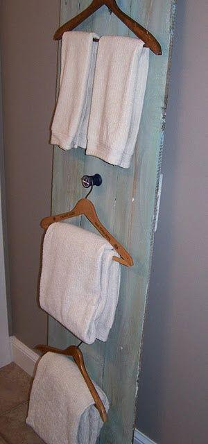 Arredo bagno sostenibile 6 suggerimenti per creare dei porta asciugamani riciclati - Grucce per costumi da bagno ...
