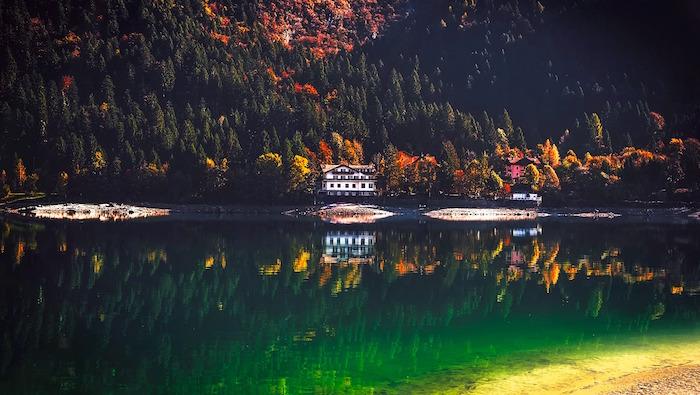Lago-di-Molveno.jpg