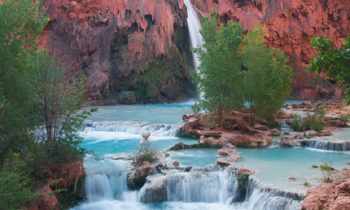 Cascate Havasupai in Arizona. Photograph: KiraVolkov/Getty Images/iStockphoto