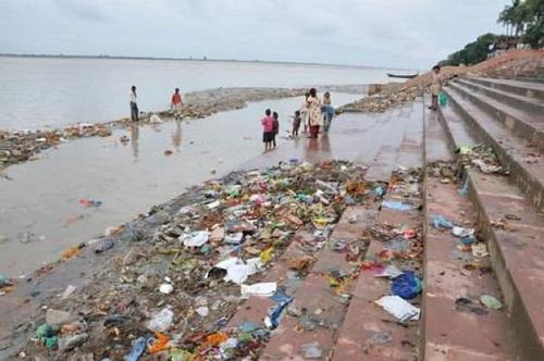 Il Gange è uno dei fiumi più inquinati dell'India (e del mondo).