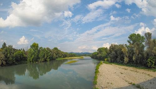 """Il fiume Po, uno dei grandi """"malati"""" d'Italia."""