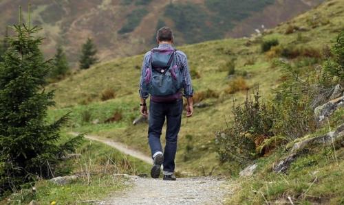 Via degli Dei: è un percorso di media difficoltà che richiede una buona forma psico-fisica.