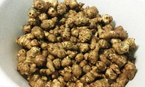 Topinambur: è un alimento ipocalorico indicato anche per chi soffre di diabete.