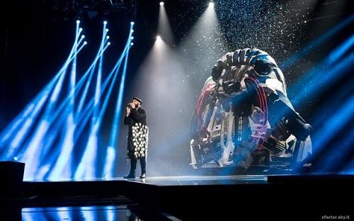 -X-Factor-scenografia-