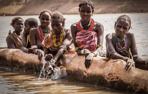 Le popolazioni indigene (fonte: survival.it)