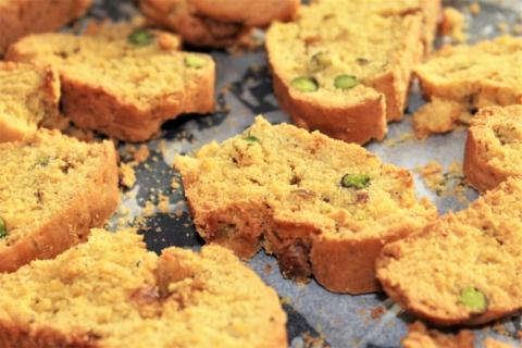 biscotto con pistacchi e semi di finocchio