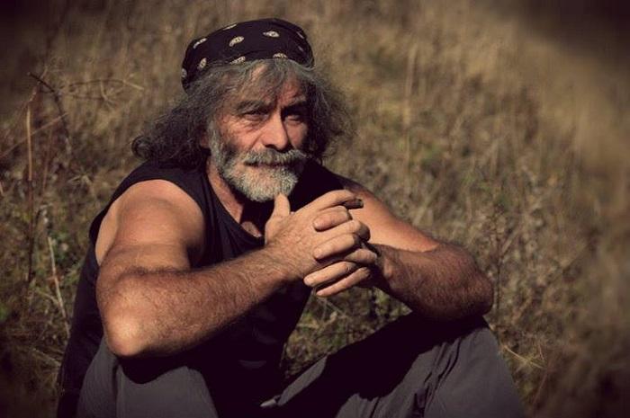 Mauro Corona, scrittore e alpinista