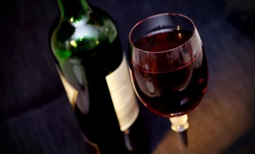 Antinutrienti: il vino rosso è ricco di tannini.