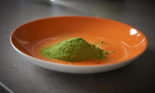 Moringa: può essere assunta come integratore in polvere da sciogliere in acqua o succhi di frutta.