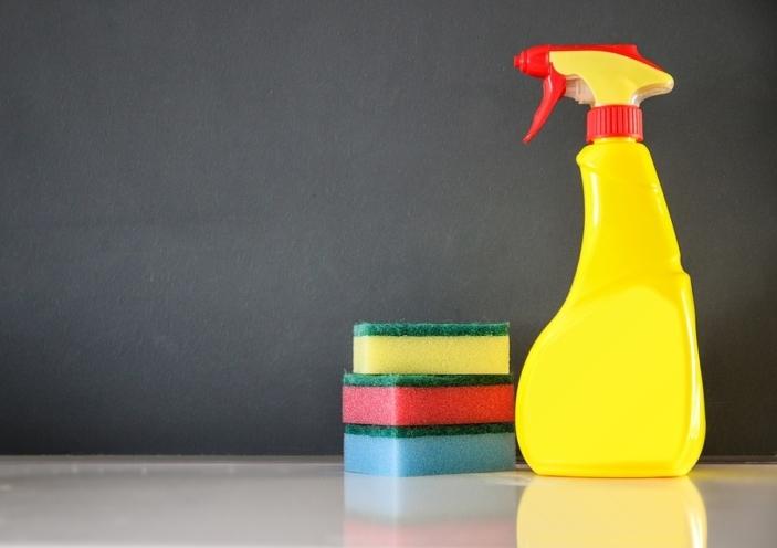 prodotti per la pulizia inquinanti