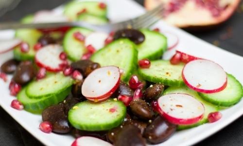 Ravanelli: in Italia sono apprezzati soprattutto crudi in insalata o in pinzimonio.