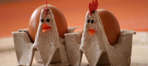 Scatola delle uova da riciclare per creare animaletti di Pasqua