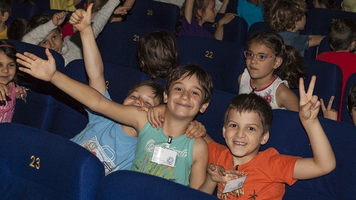 CinemAmbiente Junior