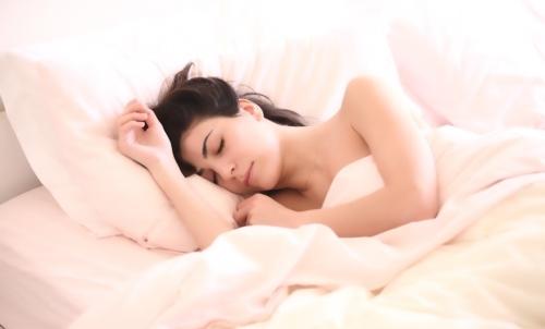 Piante in camera da letto: possono favorire il rilassamento e conciliare il riposo notturno.