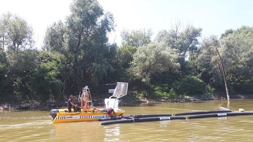 barriere-galleggianti-cattura-plastica-italia-il-po-d'amare
