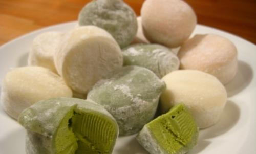 Farina di riso: è un ingrediente utilizzato per la preparazione di tipici dolci giapponesi come i mochi.