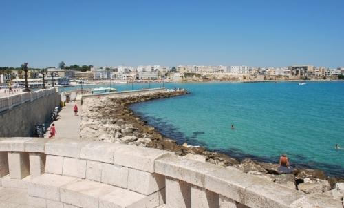 Via della Costa salentina: parte da Otranto, città perla del Salento considerata porta dOriente.