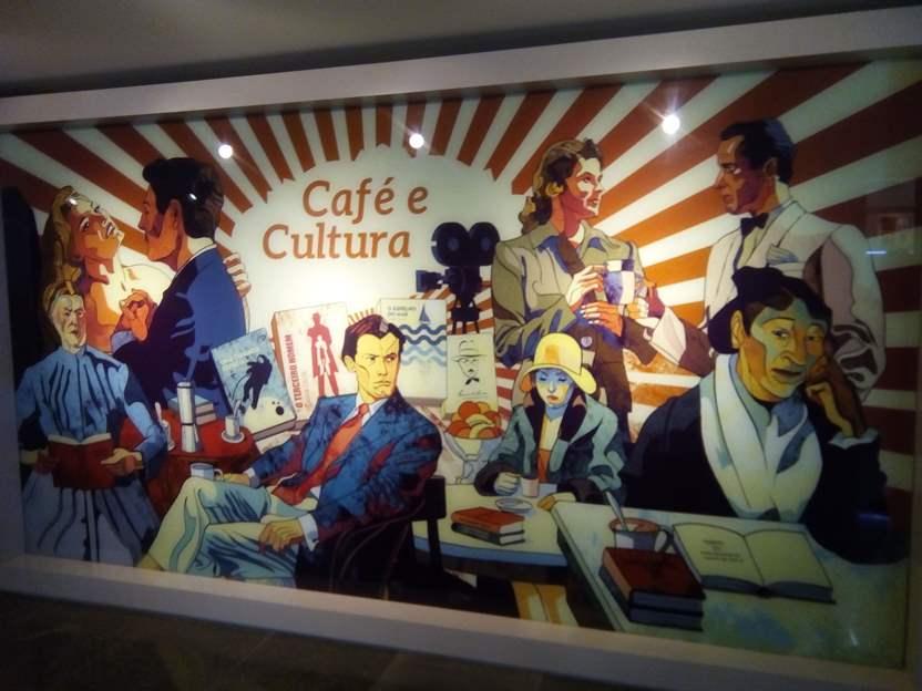 """Fra i film a tema citati nell'area dedicata alla cultura non potevano mancare """"Casablanca"""" e """"La dolce vita"""""""