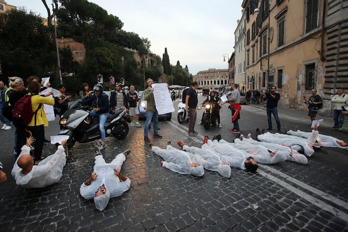 strage pedoni flash mob
