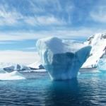 Antartide. Iceberg fonte di acqua pura