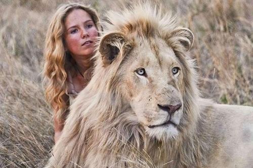 -Mia e il leone bianco-immagine-