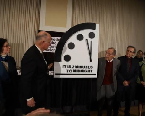 "Fonte foto: pagina FB ""Doomsday Clock"""