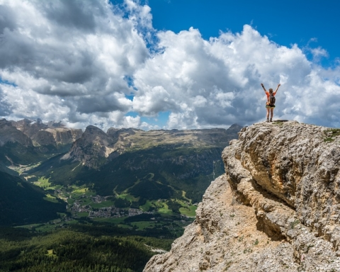 felicità-cima-montagna