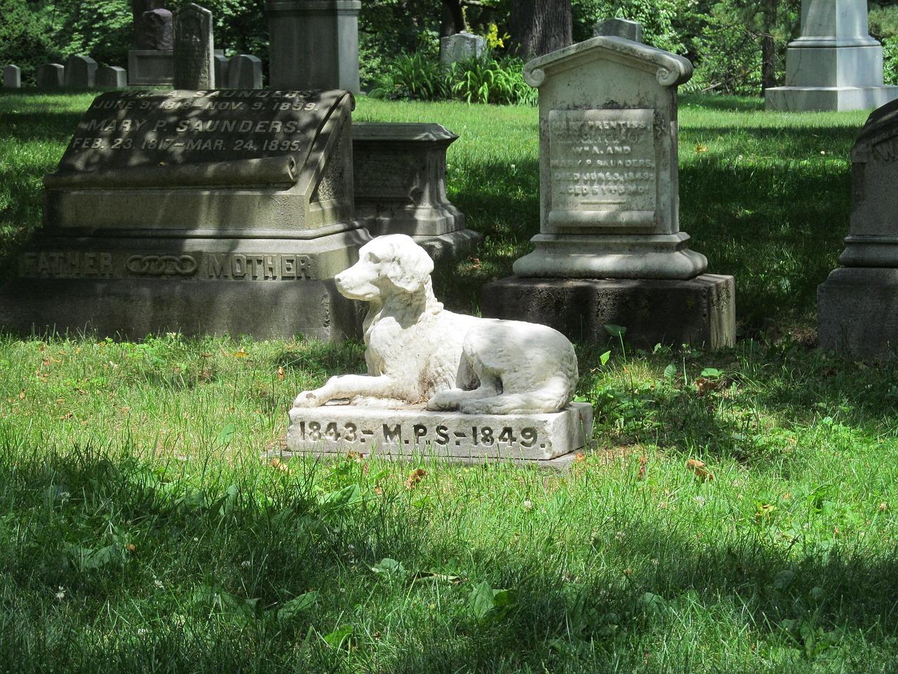 In Lombardia un cimitero per tutta la famiglia.