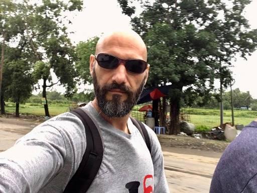Stefano Rogliatti durante le riprese di Rice to love
