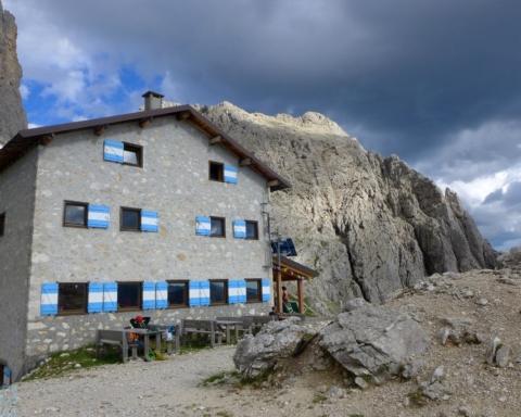 Rifugio alpino Velo della Madonna: si cercano nuovi gestori