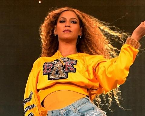 -Beyoncé-