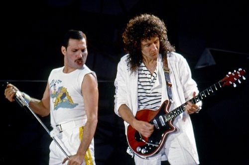 -Brian May-Freddy Mercury-