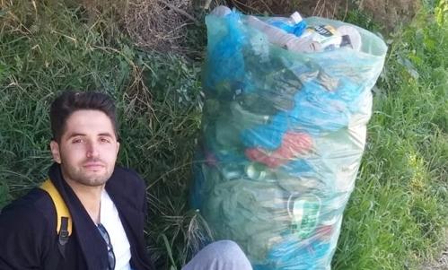 """Trashtag Challenge : prende spunto dalla foto condivisa da un ragazzo algerino. Fonte foto: pagina FB """"Drici Tani Younes - Environnement dz"""""""