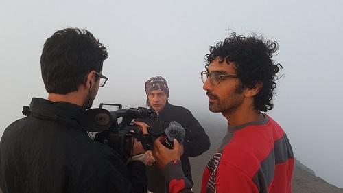 Alessandro Genitori (a destra) e Elis al lavoro sulle pendici del vulcano