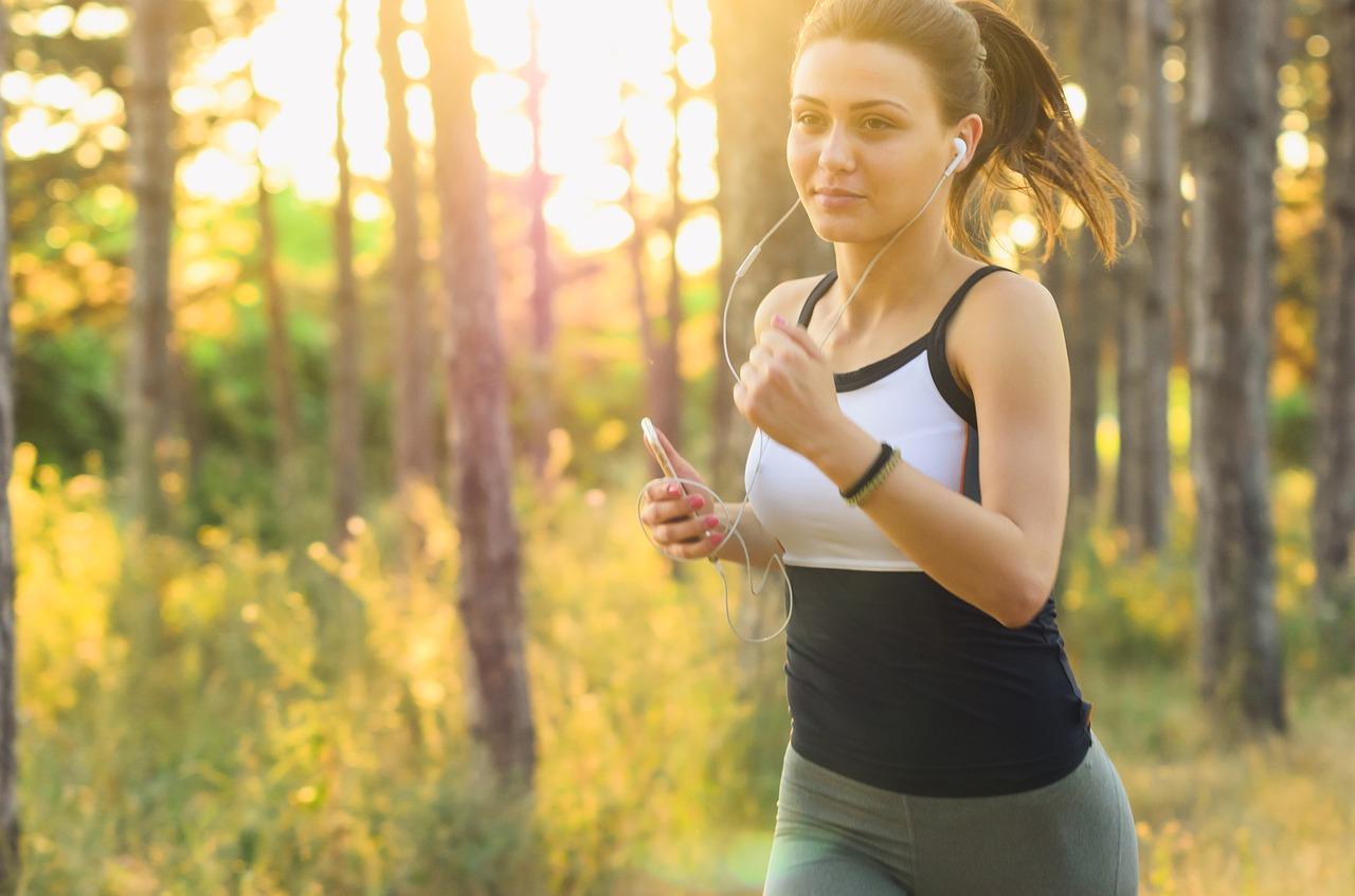 Camminare ogni giorno per un'ora aiuta a dimagrire
