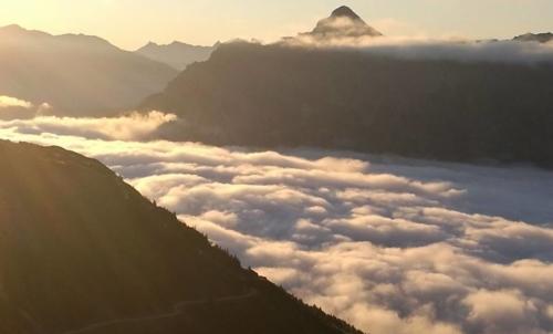 Alta Via dello Stubai: è un itinerario ad alta quota indicato per chi ha già esperienza nelle escursioni alpine.