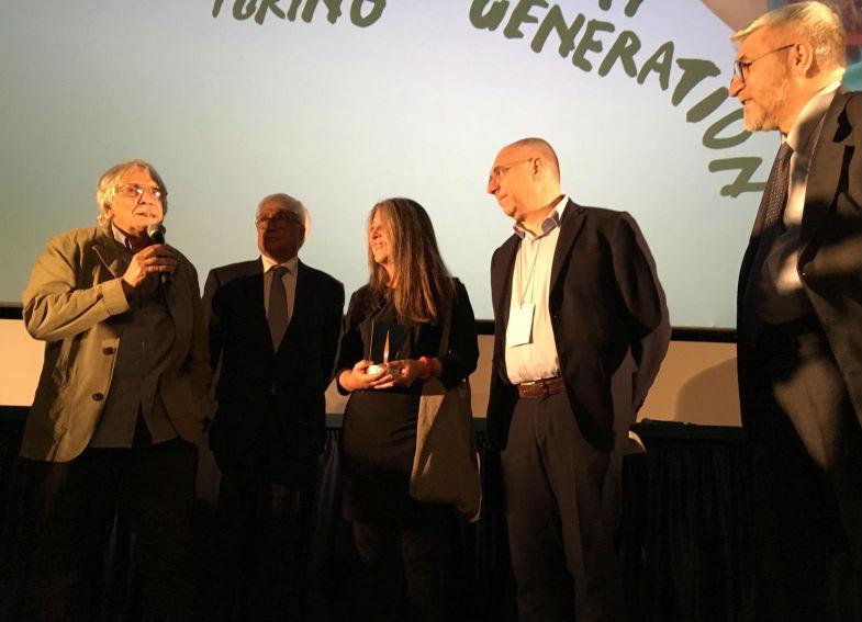 Ricrea Acciaio assegna il premio di vincitore del Concorso Documentari Italiani a Il sorriso del gatto