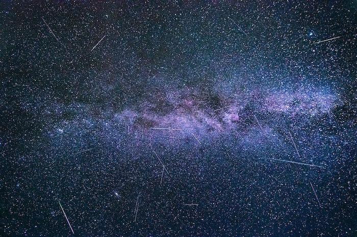 aquaridi stelle cadenti cielo notturno